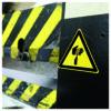 naklejka ostrzegawcza W022 / ISO 7010